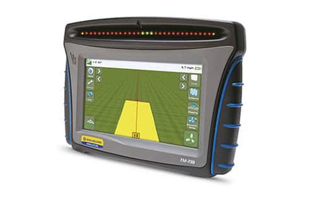 //assets.cnhindustrial.com/nhag/nar/assets/plm-precision-farming/displays/fm-750-display/overview/fm-750-display-the-cornerstone-of-guidance-capable-of-2-5cm-accuracy.jpg