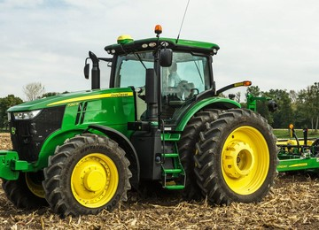 7250R Tractor