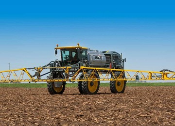 STS14 Hagie™ Self-Propelled Sprayer