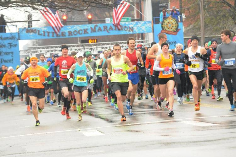 Little Rock Marathon-2015-starting line