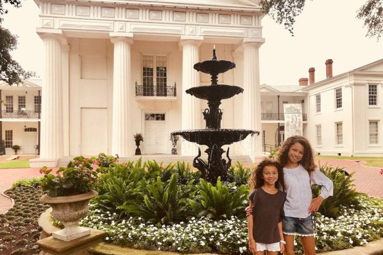 Old State House Museum-girls standing by the fountain